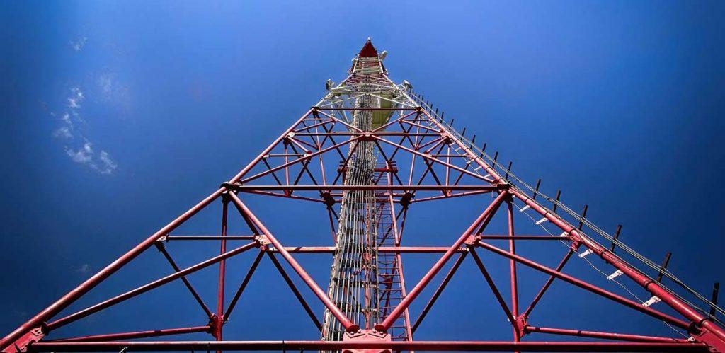 Монтаж башенных и мачтовых сооружений